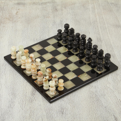 Onyx and Marble Chess Set in Black and Green from Mexico 'Verdant Challenge'