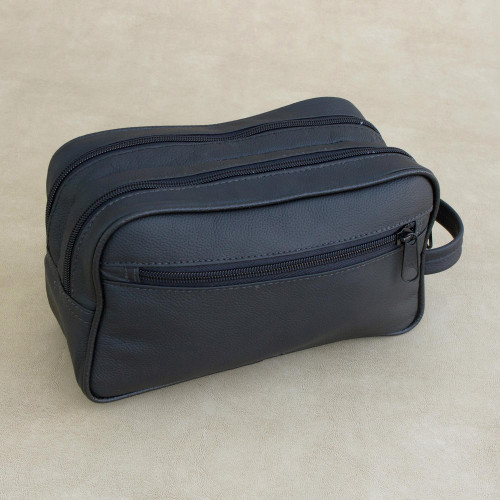 Handmade Leather Travel Bag in Black from Brazil 'Black Sophisticated Style'