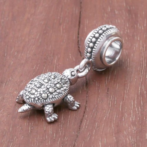 Sterling Silver Turtle Bracelet Charm from Thailand 'Glamorous Turtle'
