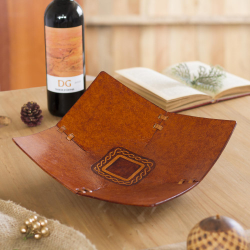 Square Pattern Leather Catchall from Peru 'Square Lasso'