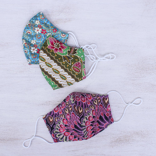 Colorful Three-Layer Cotton Face Masks Set of 3 'Thai Flowers'