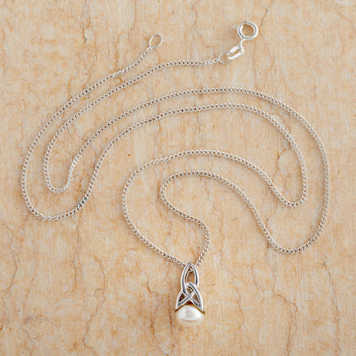 Celtic Pearl Necklace 'Celtic Tradition'