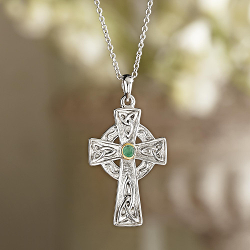 Celtic Cross Emerald Necklace 'Celtic Faith'