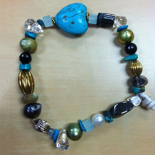 Cultured pearl and hematite beaded bracelet 'Autumn Heart'