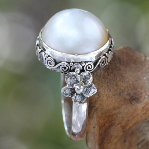 Pearl and Sterling Silver Floral Ring 'Bridal Moon'