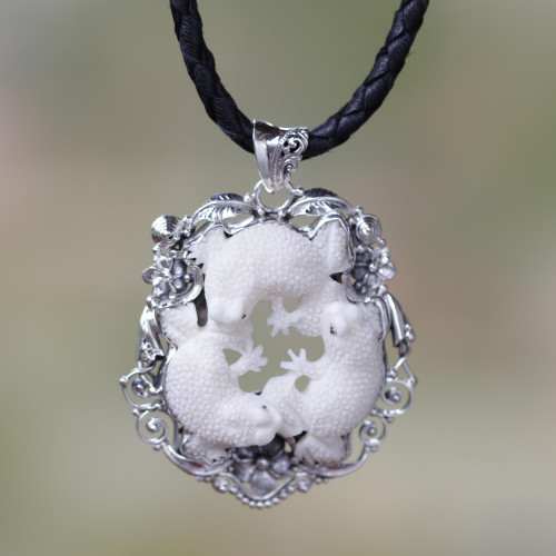 Artisan Crafted Sterling Silver Frog Necklace 'Floral Frog Trio'