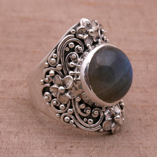 Labradorite and Sterling Silver Dome Ring from Bali 'Jepun Mists'