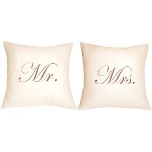 Mr and Mrs 18x18 Linen Pillow Set