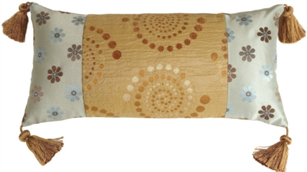Summer Sand with Tassels Throw Pillow