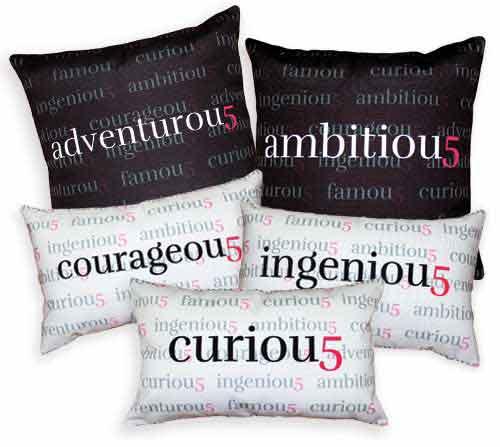famou5 Pillows