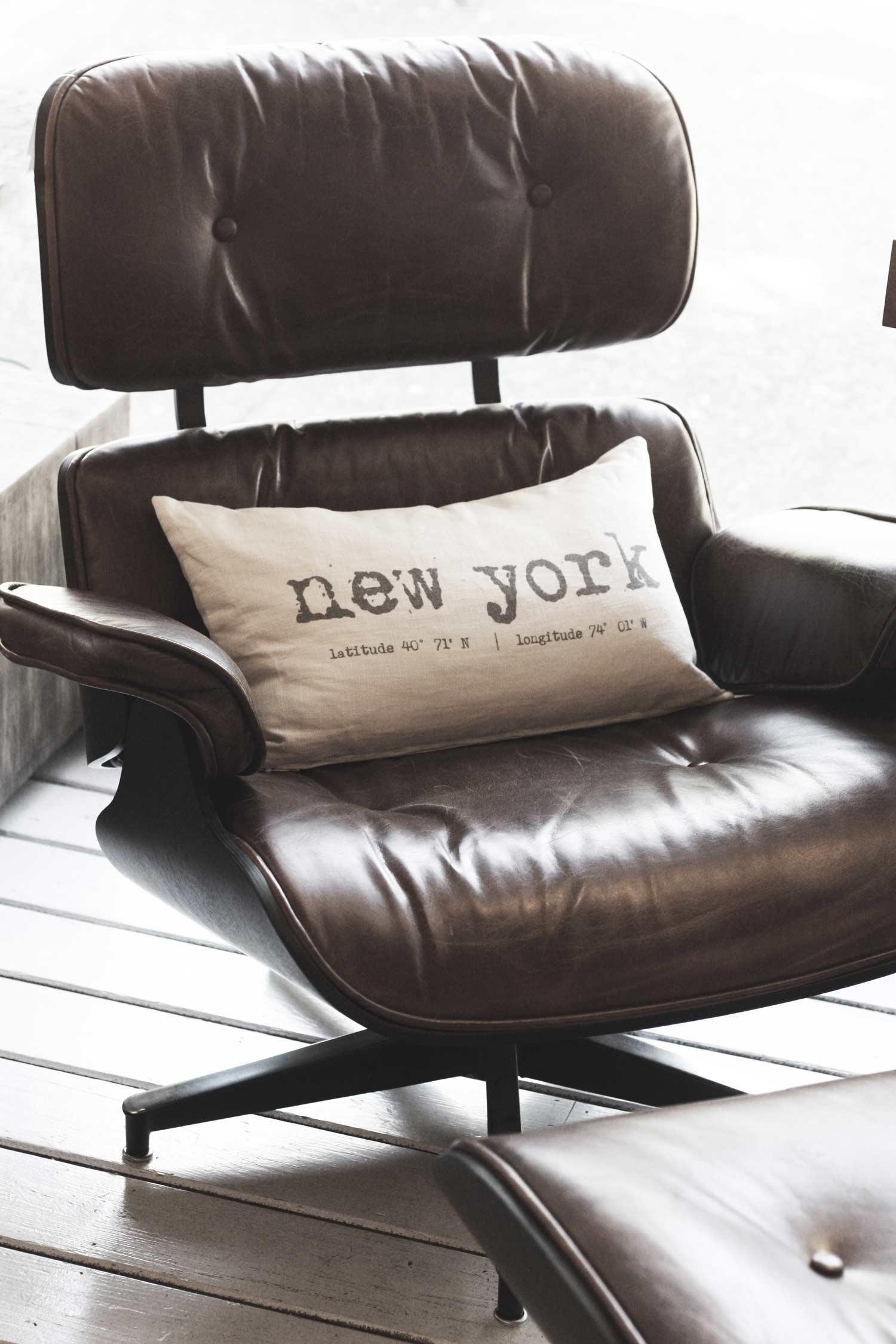 city-inspired new york pillow