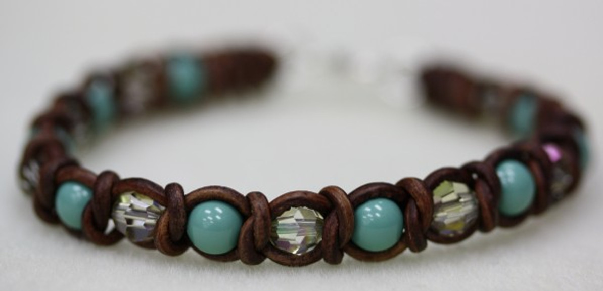 Intermediate Spanish Knot Bracelet Tutorial