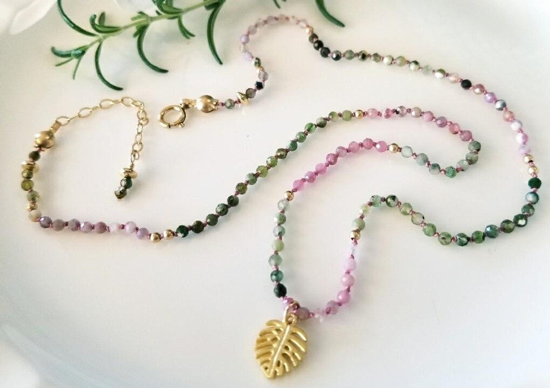 ​Delicate Tropical Knotted Gemstone Choker