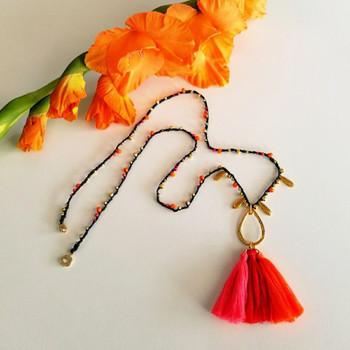 Size 8 Miyuki Seed Beads -- 407FR Opaque Vermillion Red AB Matte