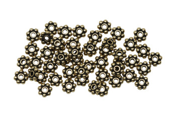 Gold Plated 4mm Daisy - 50 Pieces