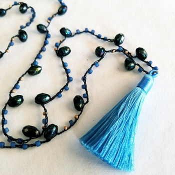 Size 8 Matsuno Seed Beads -- F399N Purple / Sapphire Lined Matte