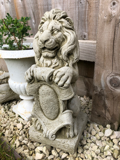 Reconstituted Stone Armorial Lion Statue Home Garden Ornament