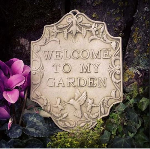 Reconstituted Stone Welcome Hanging Plaque Statue