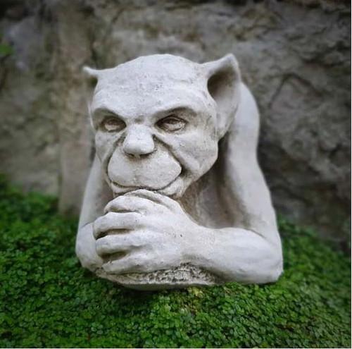 Reconstituted Stone Wall Gargoyle Statue