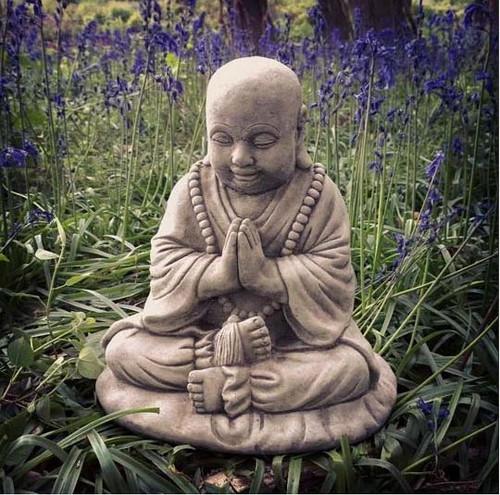 Reconstituted Stone Idyllic Praying Buddha B Statue