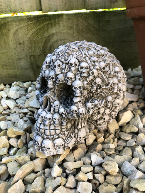 Reconstituted Stone Skull Home Garden Statue