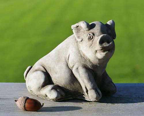 Stone Farm Pig Piggy Garden Ornament Statue