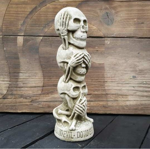 Stack of Skulls Stone Statue | Set of Three Gothic Decoration Garden Outdoor Ornament