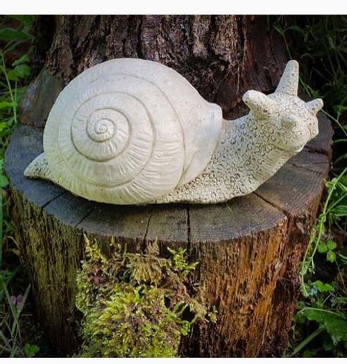 Stone Garden Snail Statue Outdoor Ornament Decoration