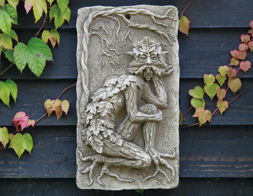 Reconstituted Stone Statue Concrete Outdoor Garden Ornament Hanging Greenman Plaque