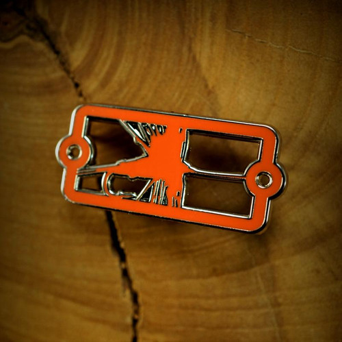 Dry Fly Enamel Badge Pin39082