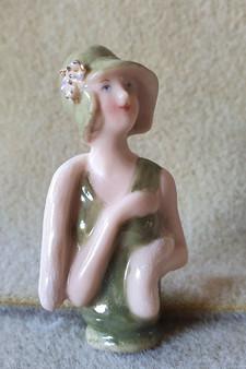 Porcelain half doll - Daisy - 6cm high