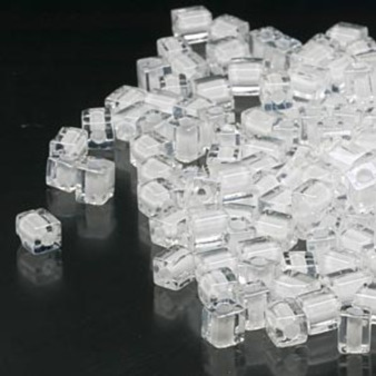SB4-1104 - Miyuki - 4mm - Clear Colour Lined White - 25gms - 4mm Square Glass Bead