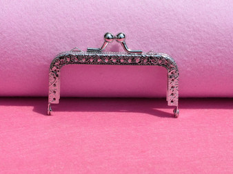1 x Purse Frame Rectangle 85mm x 60mm x 10mm Silver