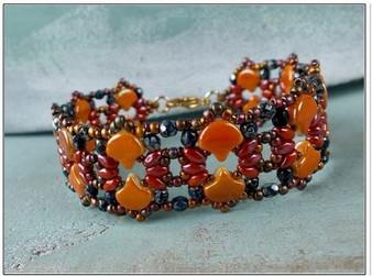 Free Download Pattern - Shiraz Bracelet - designed by Nela Kabelova