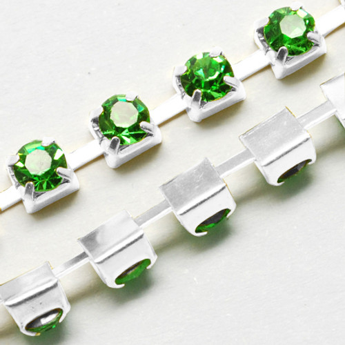 1 metre length of 4mm Wide Silver Tone Grade A Peridot Rhinestone Cup Strass Chain