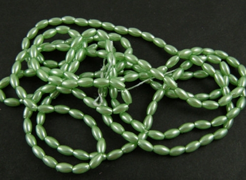15 grams Acrylic Rice beads, 3mm x 6mm (approx 500+) Green