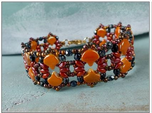 Free Download Pattern - Shiraz Bracelet - designed by Nela Kabelova