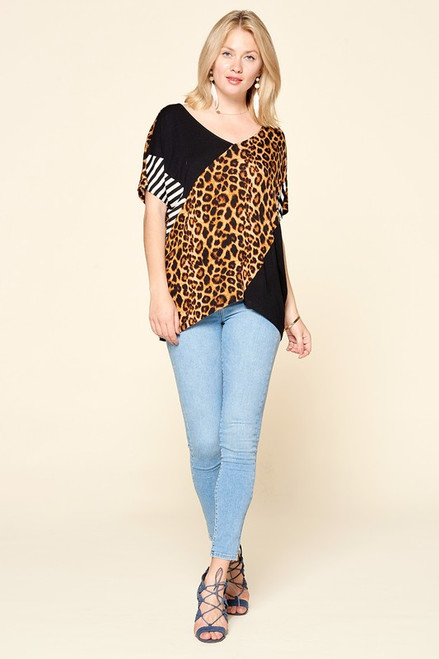 Leopard Print Blocked V-Neck Tee