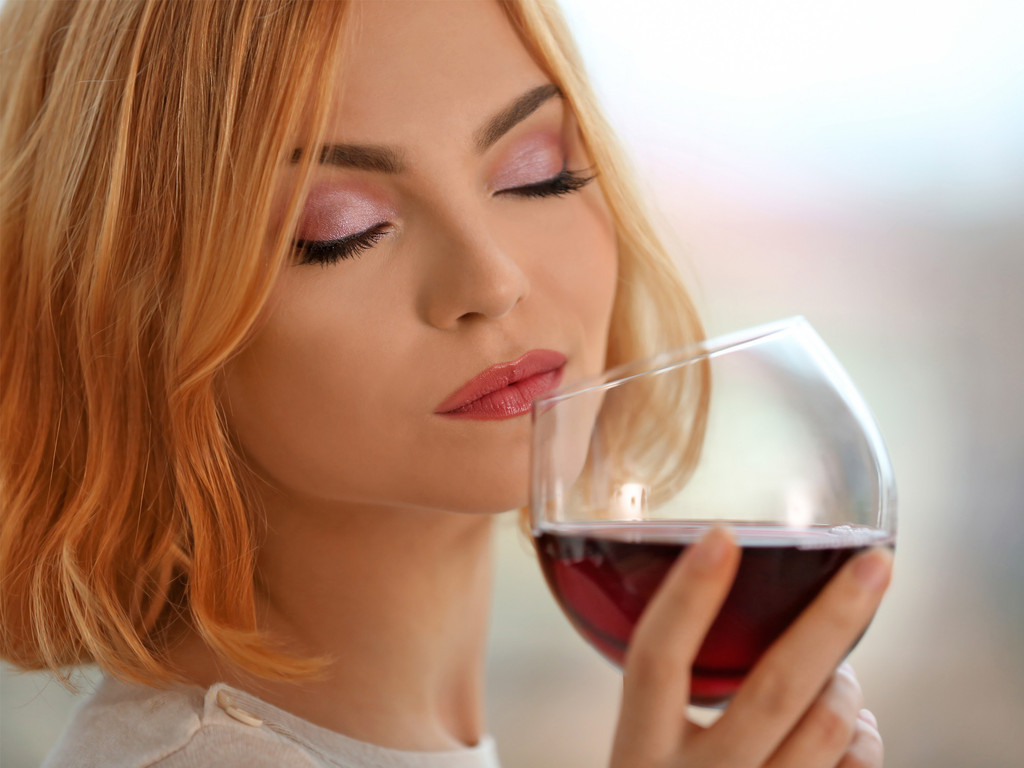Is Non-Alcoholic Wine Safe While Pregnant?