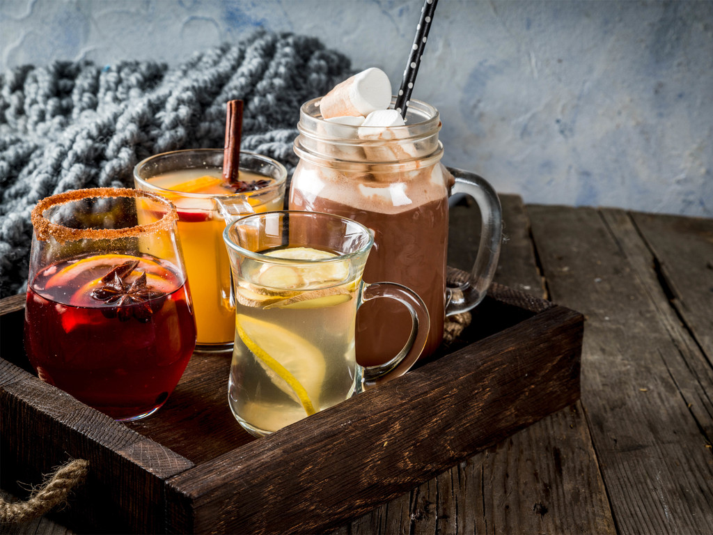 Embracing Non-Alcoholic Drinks Over the Holidays