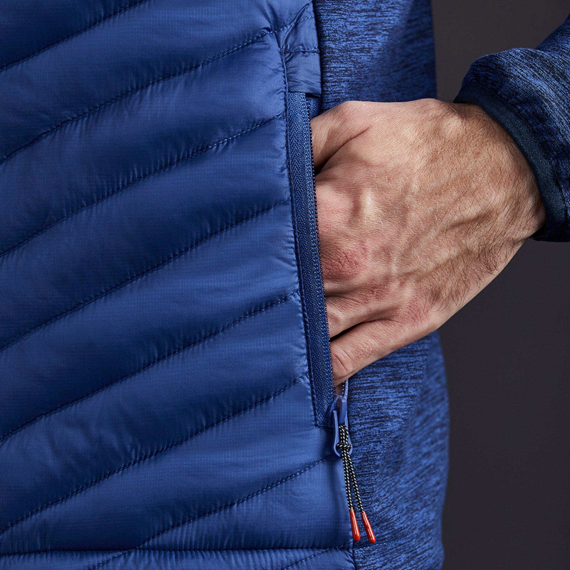 Men's Penryn Hybrid Jacket - 1109-OCE01-MODEL-4.jpg