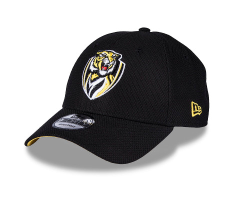 Plain black cap with club sponsors on the side. On the bottom of the peak it is all yellow, and has our club logo featured on the front. Adjustable strap at the back.