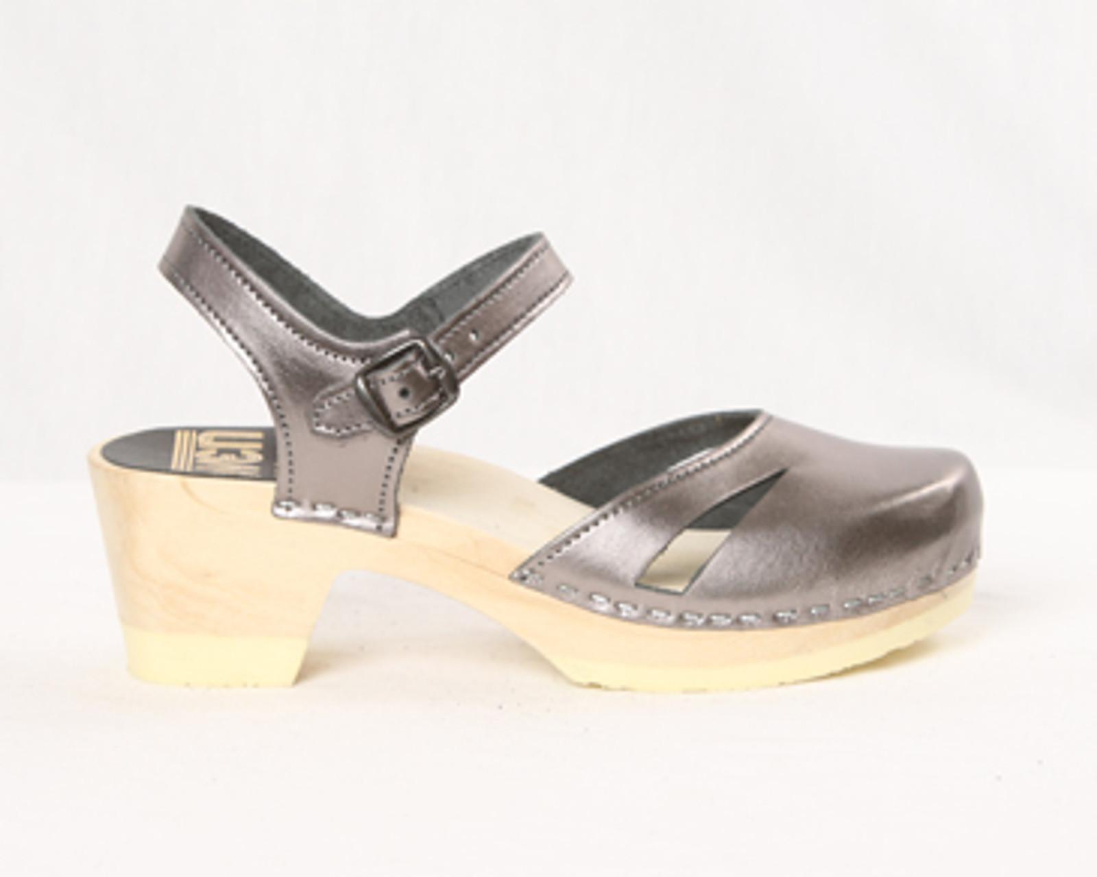 Side Slit Sandals Clogs - Mid Heels