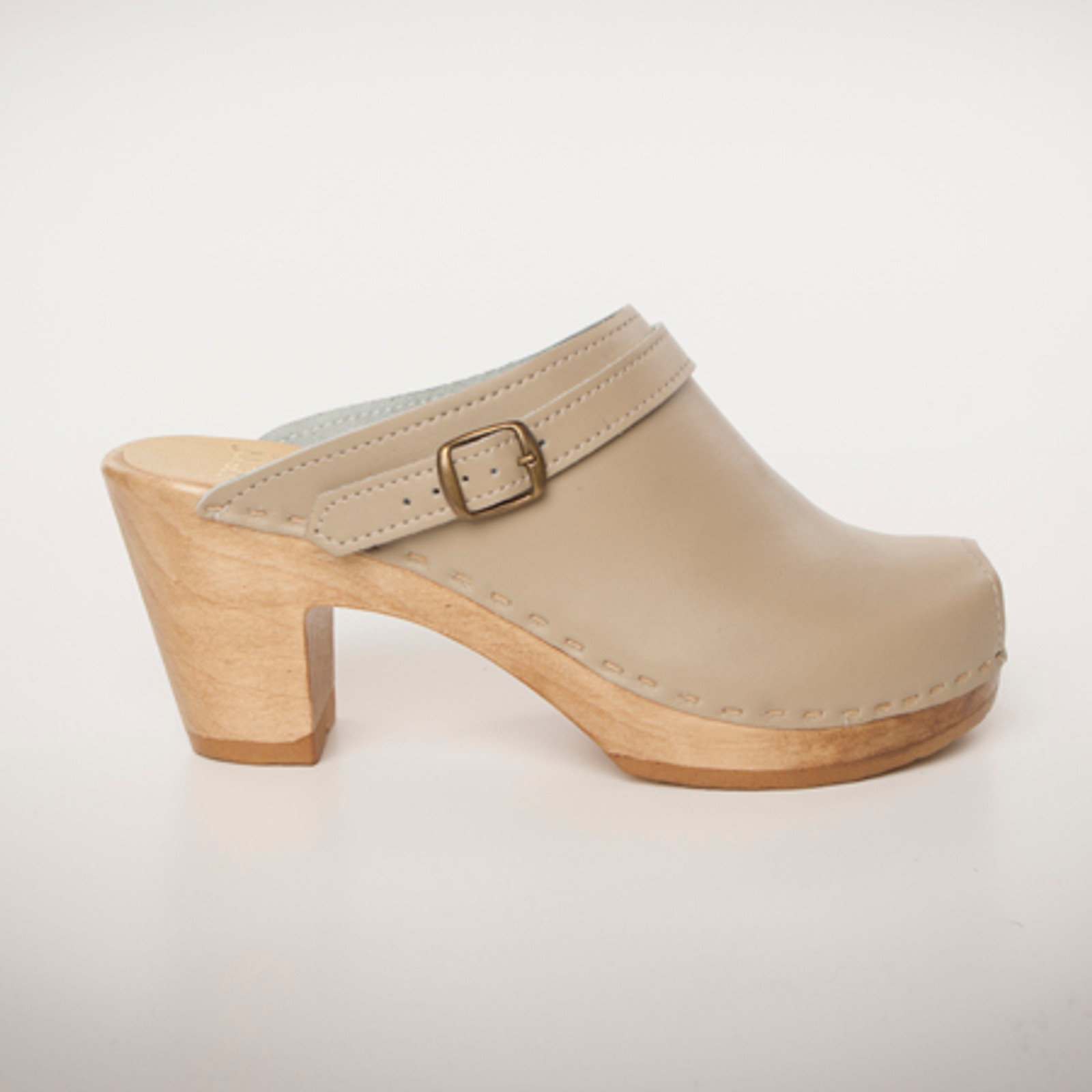 Taupe Smooth Leather with Brown Base