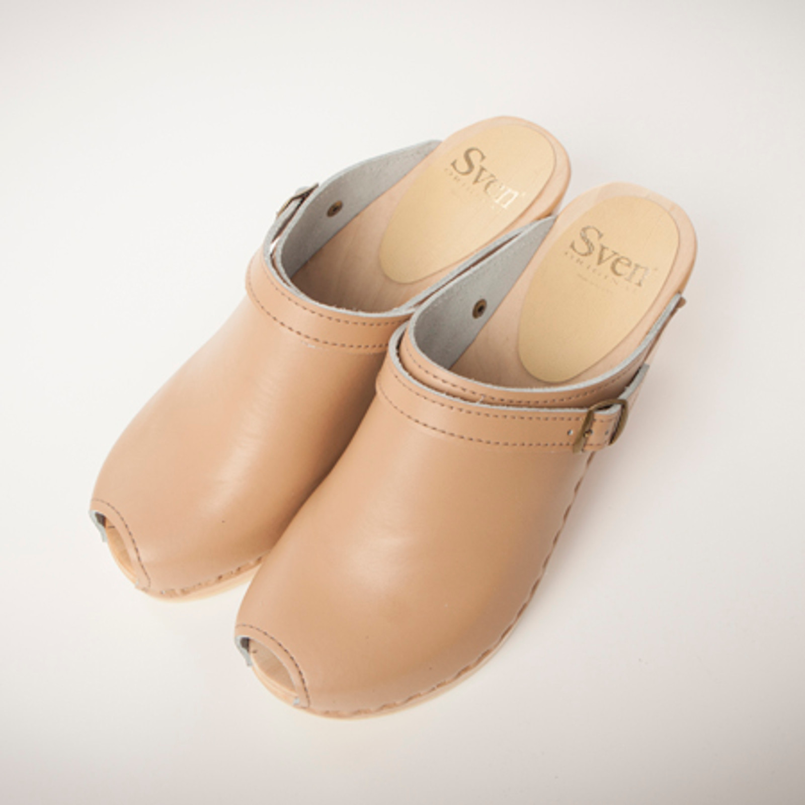 Camel Smooth Leather with Brown Base