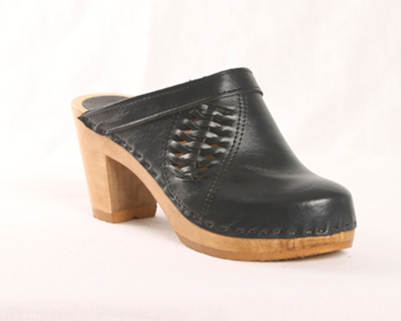 Dark Gray Smooth Leather with Brown Base