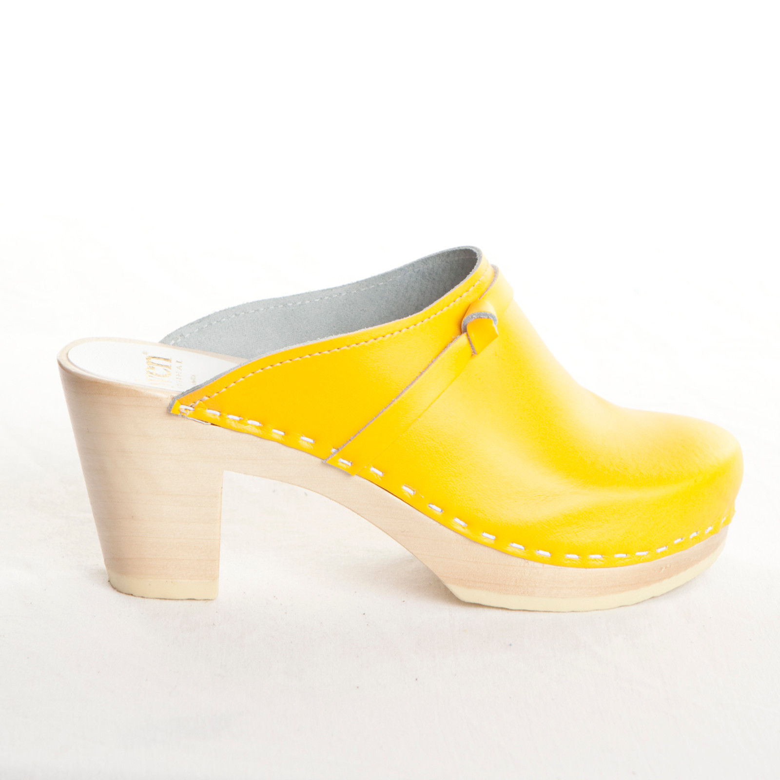 Yellow Smooth Leather with Natural Base