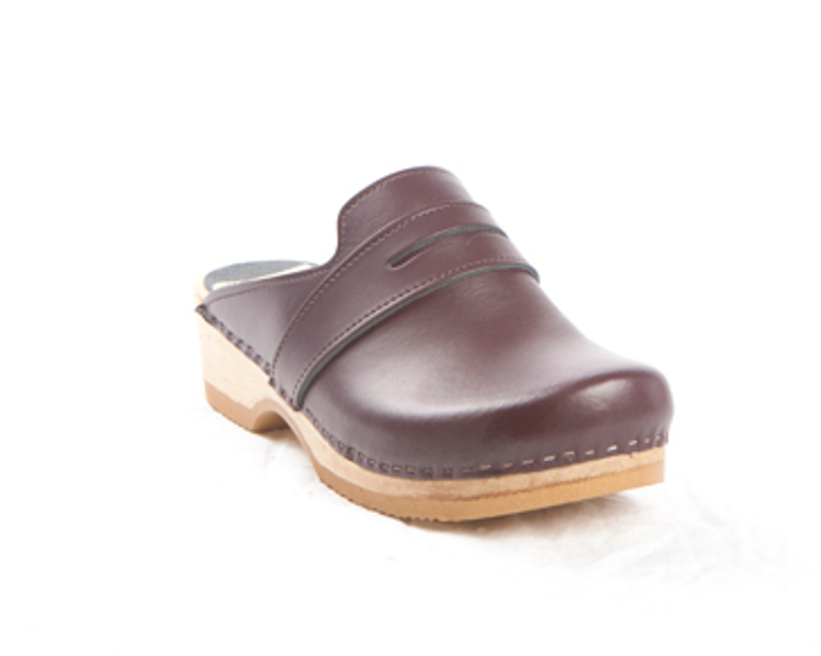 Cordovan Smooth Leather with Brown Base