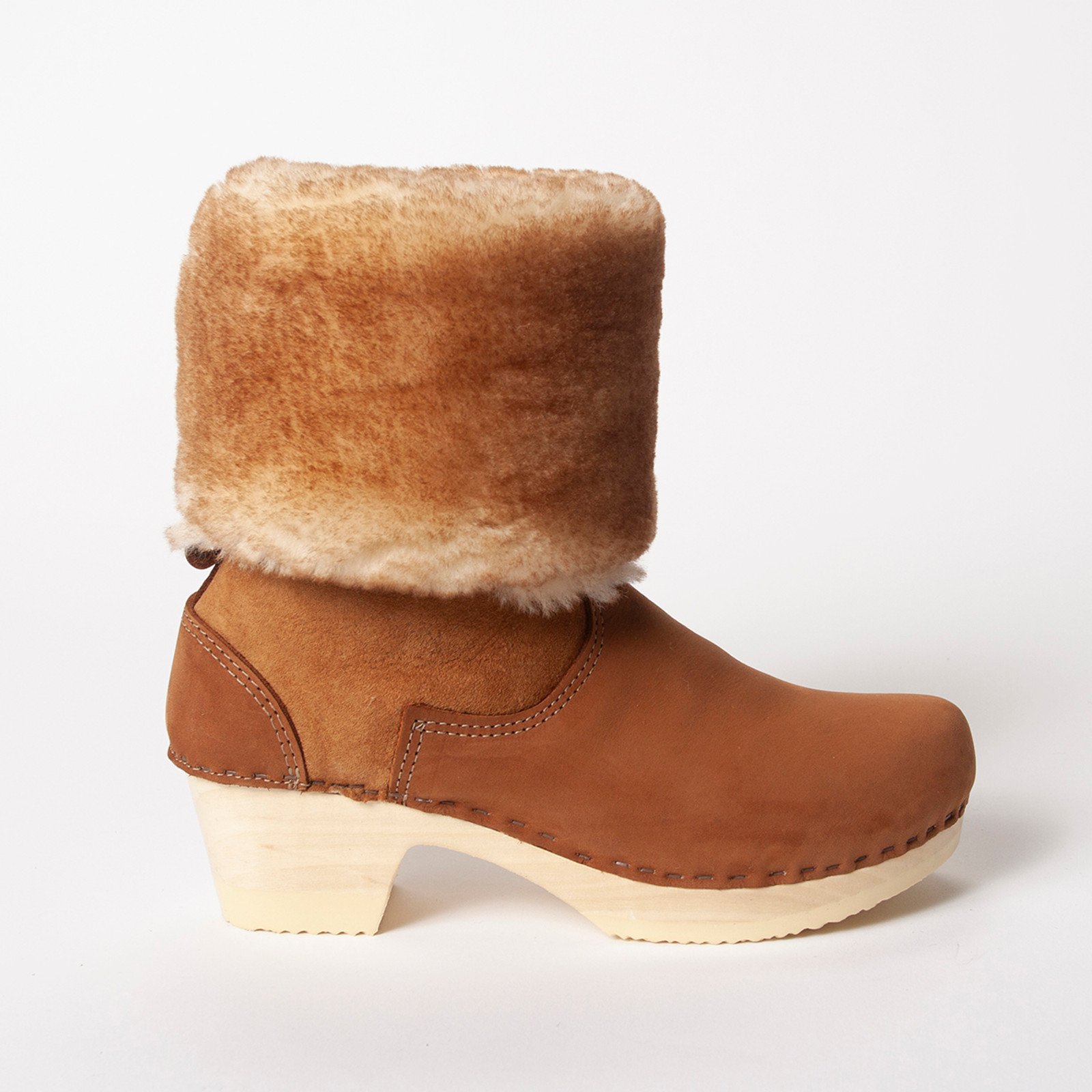 Natural Shearling with Cedar Nu Buc on Natural Base