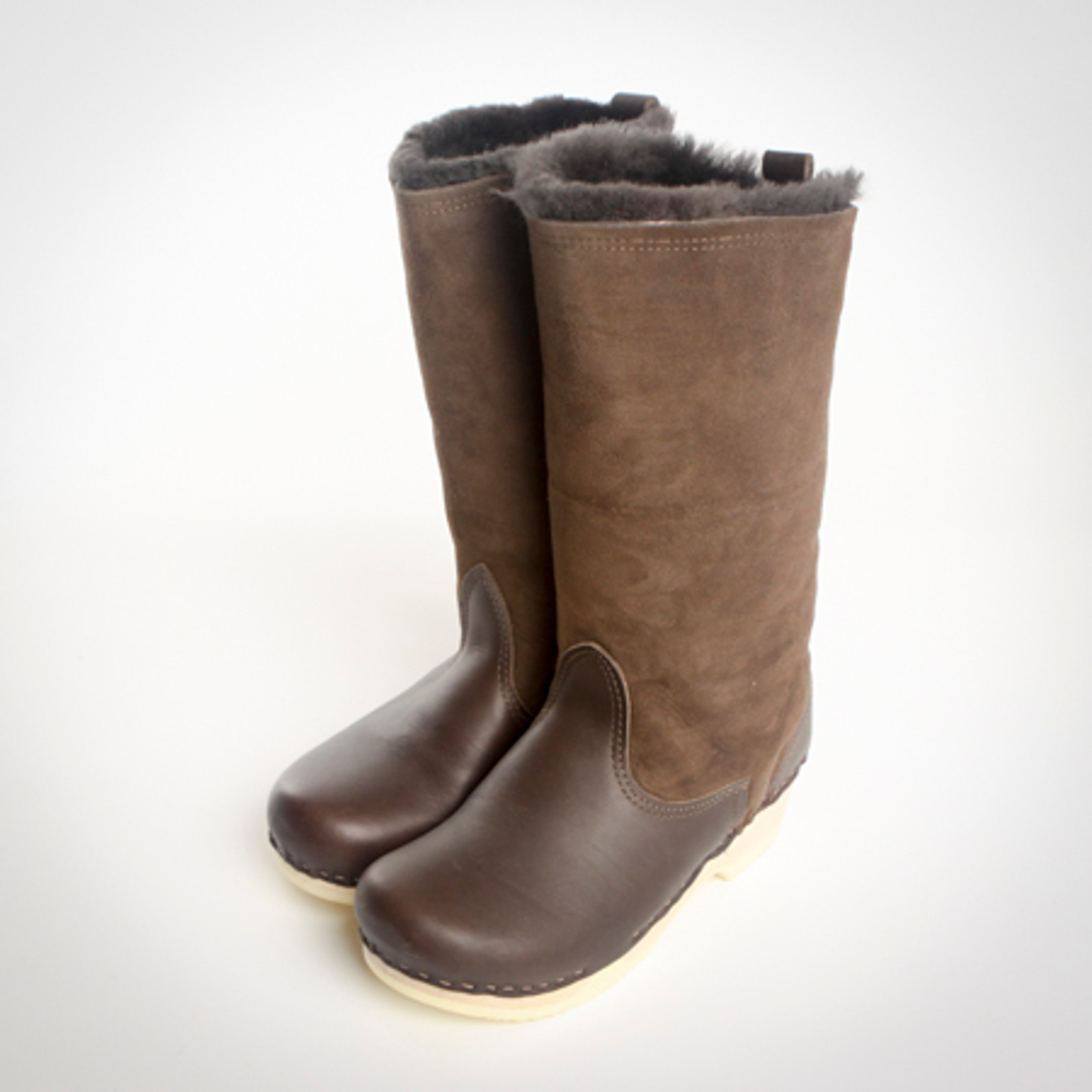 Chocolate Shearling with Fudge on Natural Base